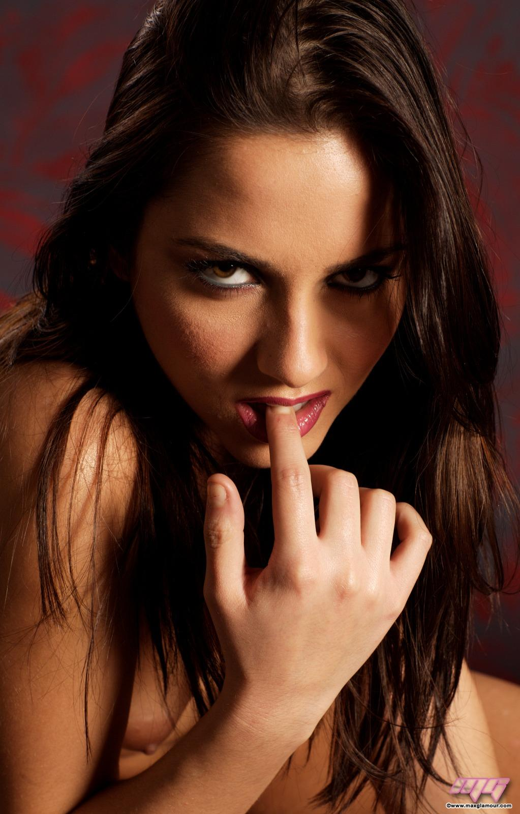 naked xxx dp for hot women
