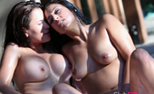 Club Filly Reena Sky & Vanessa Veracruz Reena Sky And Vanessa Veracruz Get Intensely Sexual