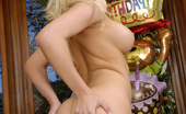 Club Filly Alana Evans & Sienna Day Alana Evans And Sienna Day Wet Their Tongues
