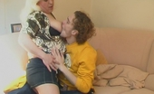 Guys For Matures Rosemary & Mike Sultry Mom Can'T Wait Any Minute Aching For Raw Sex With Sleepy Younger Guy