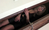 Guys For Matures Gloria & Nicholas Long-Haired Milf Helps A Muscle Stud Relieve Pressure With Her Soaking Box