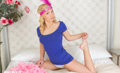Showy Beauty Linet Cabaret Naughtyblonde Going Back In Time To The Lusty Twenties Always Can Bring Joy With Fun In Love Affair. Slim Beauty With Fantastic Fantasy.
