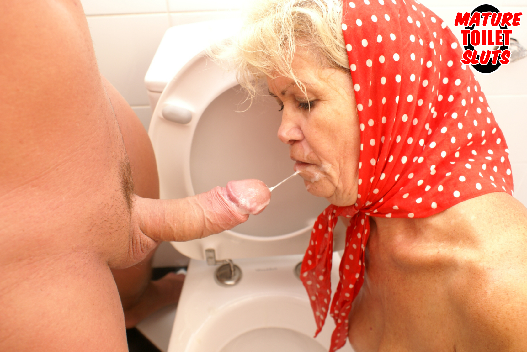 72 year old granny gives a blowjob and gets fucked 4