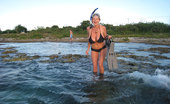 Kelly Madison Poon Lagoon Kelly Gets Naked Underwater And Uses Her 34ff'S As Floatation Devices.