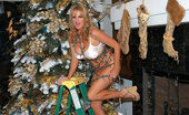 Kelly Madison Christmas Catasstrophe Kelly Was Decorating The X-Mas Tree And Fills Her Pussy With Her Fingers.