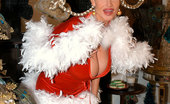 Kelly Madison The Cock Who Stole Clitmas Kelly Loo Who Fucks The Grinch For XXX-Mas!