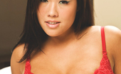 London Keyes Asian Dream P2 Beautiful London Keyes Finger Fucks Her Pussy On Her Bed. P2