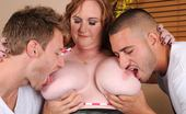 Plumper Pass Seana Rae Seana Rae 2315bbwd_01 Seana Rae Is Looking For Some Attention. And It Seems That Her Man Needs Some Help From His Good Friend. Double Dick It Is Indeed.