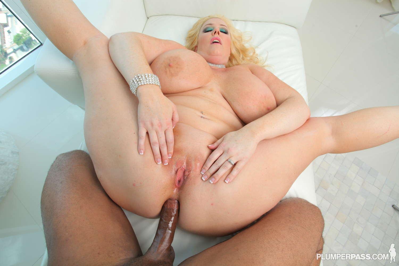 Порно анал толстые блондинки были