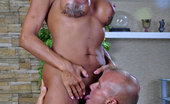 Boys Love Matures Hannah & Benjamin Gorgeous Mature Bares Her Ripe Curves For A Slam-Bang With A Younger Stud