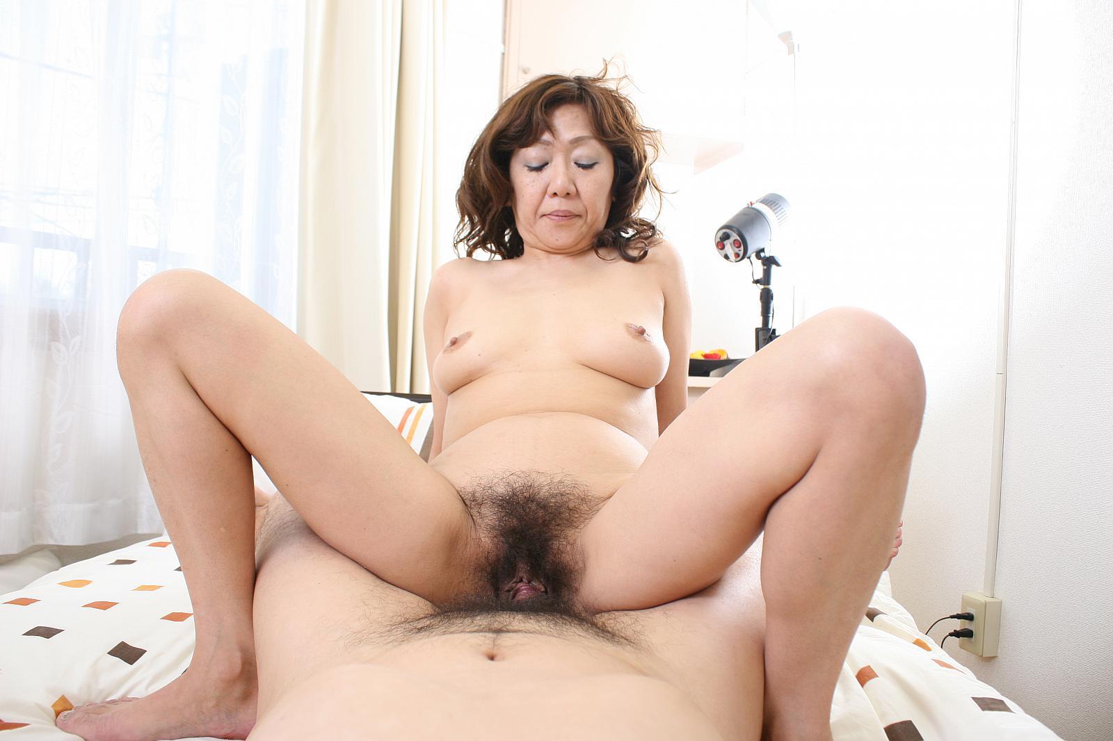 Смотреть бабушка японские эротика