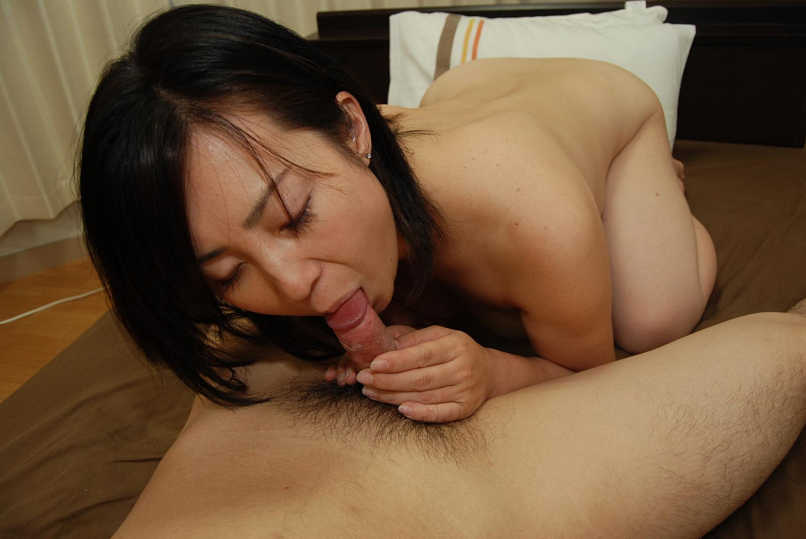 Japanese Mature Porn Picture Galleries at Graceful MILF