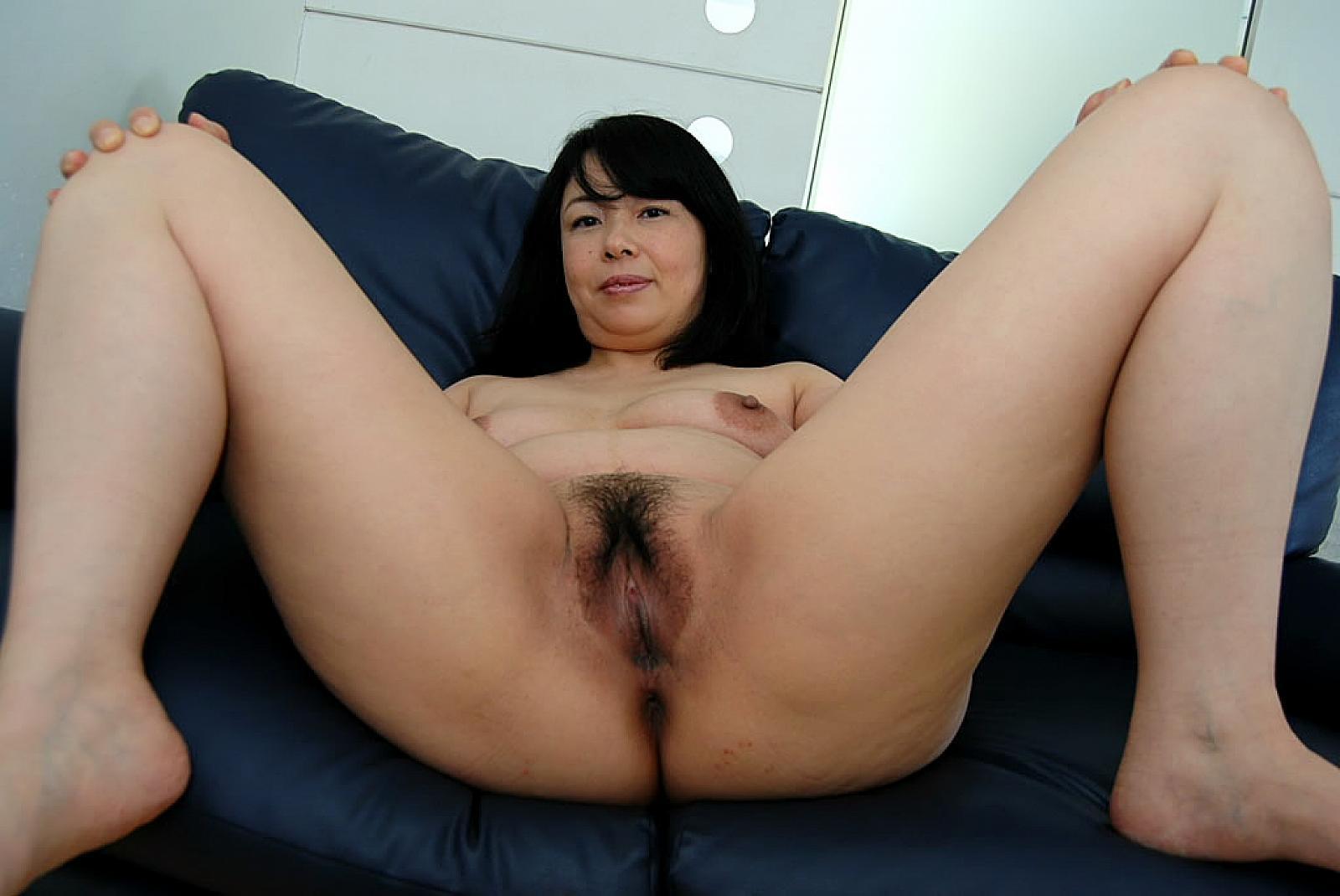 Milf japanese yuko mukai gets her pussy penetrated