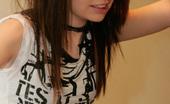 Kaira 18 Ihawt Gorgeous 18yo EMO Teen Posing And Teasing