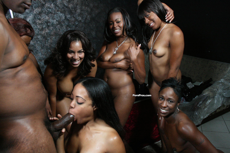 Проститутки питера африканки 4 фотография