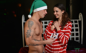 Tiffany Tyler In Merry Fucking Xmas Step Bro Well If You Haven'T Seen My Blow Job Set With My Step Brother