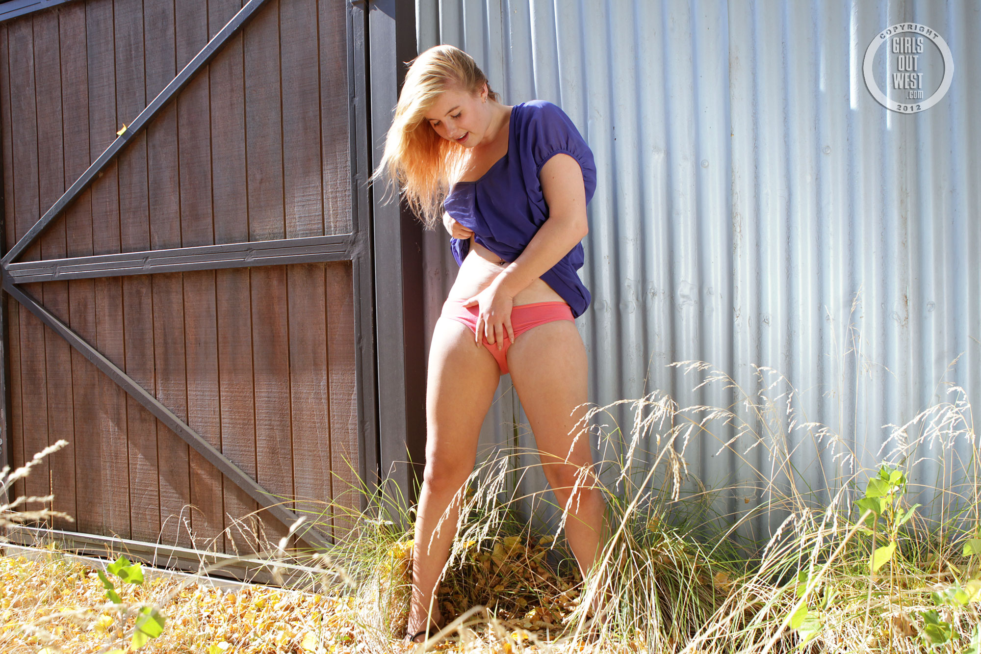 Tightbodied girl buzzes out another