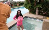 Pinup Files Taylorkennedy Vol10 Bts TaylorKennedy-Behind-The-Scenes