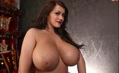 Pinup Files 305701 Leanne Crow Vol09 Set01 Big Breasted Brunette Hottie Wears Only Her Panties