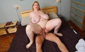Fatty Game Slender Masseur Finds BBW Super Hot The Horny BBW Gets Busy With Her Masseur And After Sex He Cums On Her Fat Titties