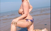 TAC Amateurs Bikini On The Beach 314730 Making The Last Of The Summer Sun, I Head To The Beach In My Lovely Electric Blue Bikini. Melody X