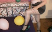 TAC Amateurs Balloon Crushing Pt3 Oh, How Horny - With A Loud Bangburst Them Under My Heel.What Do You Think How That Would Bewhen I Play With My Heels On