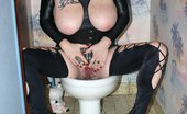 TAC Amateurs Smoking On The Toilet Fetish Pics Where I Smoke And Make Pee On The Toilet