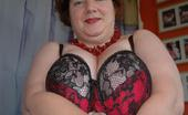 TAC Amateurs Black & Red Lingerie Today I Show Off And Pose For You In My New Black And Red Lingerie Set. Matching 44g Full Bra, Knickers, Suspender Belt