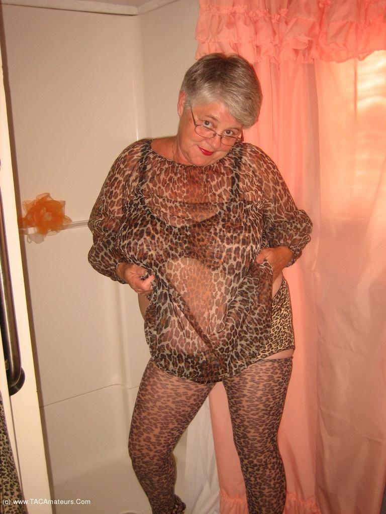 hot naughty nude teacherd
