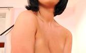 DDF Busty LaTaya Roxx Sexy Dark-Haired Babe LaTaya Roxx Masturbating With Brush