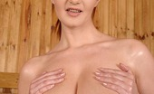DDF Busty Vanessa Breast Men'S Vision Of Paradise Fingering Herself In A Sauna