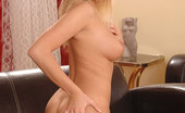 Hot Legs and Feet Jenny McClain Sexy Blonde Jenny McClain Shows Her Naked Body & Legs & Feet
