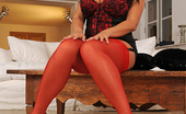 Hot Legs and Feet Rebecca Jessop Raven Haired Vixen Rebecca Jessop Gets Fully Naked For Us