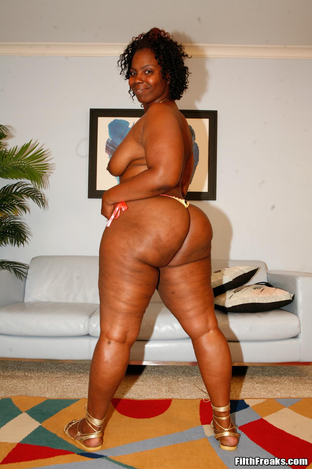 nude white women pics