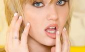 Stunners Carli Banks Carli Banks Enjoys Her Silver Bullet Dildo