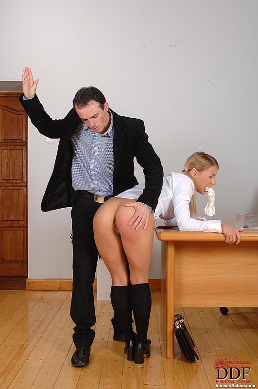 наказаная ученица фото