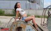 Upskirt Collection Very hot shorts covering firm butts