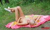Upskirt Collection Voyeuring body details of nudists
