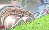 Upskirt Collection Women upskirt - curly babe's ass sexy photos gallery