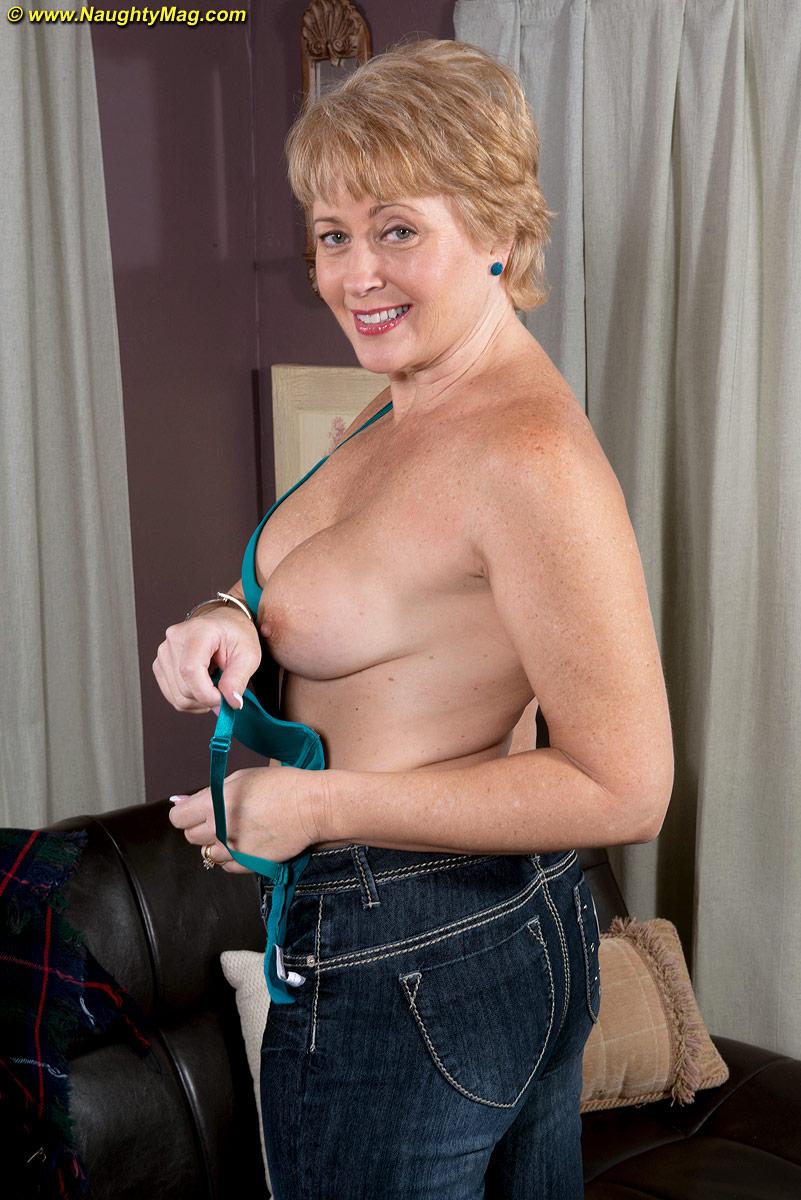 Tracy licks porn star