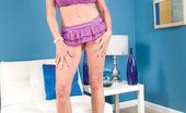 MILF Tugs Rita Daniels The Secret To Looking Good Over-60: Facials!
