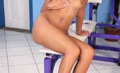 Only Cuties Cherie - Masturbation Workout0 Athletic Nymph Strips And Fingers Hot Quim On Weight Bench