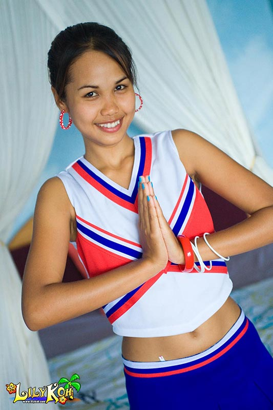 Lily Koh Three Cheers Petite Teen Cheerleader Flashes Tiny