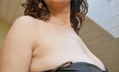OMG Big Boobs Cherry Pinches Her Nipples