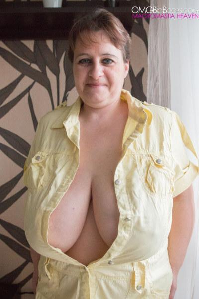 Mature huge tits kristy
