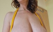 OMG Big Boobs Cherry Ties Her Big Boobs