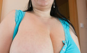 OMG Big Boobs Julia Amateur Big Boobs