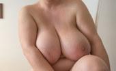 OMG Big Boobs Kristy Milf With Big Tits