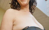 OMG Big Boobs 375807 Cherry Pinches Her Nipples
