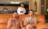 Teens Like It Big Slip In That Big Tip Slip In That Big Tip 377285 Jenna Ashley Is A Slutty Pizza Delivery Girl, And Since She'S Always Eating The Pizza And Taking Mas...